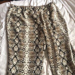 BANANA REPUBLIC - NWT snakeskin print pants